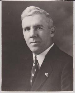 1925-Howard Savage